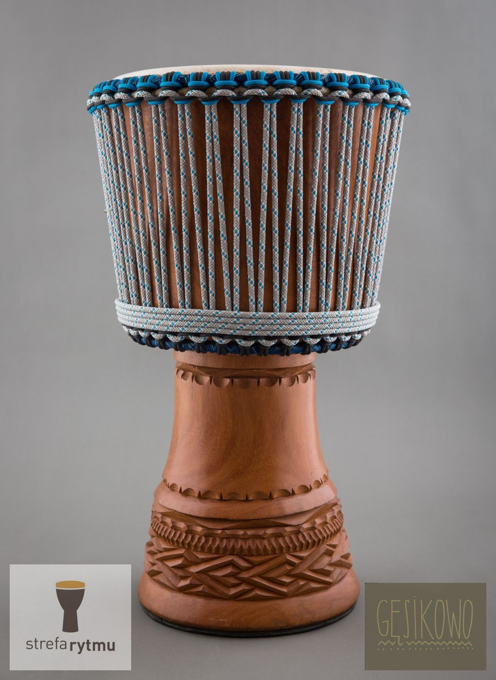 Big, extraordinary djembe from Guinea. Just ideal